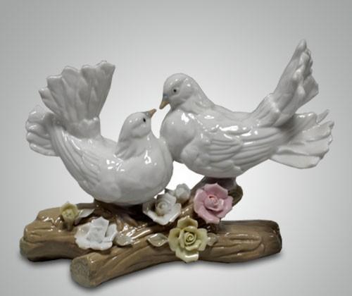 Фигурки голубей на годовщину свадьбы